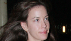 Liv Tyler & Benedict Cumberbatch are a new couple?  OMG, what?!
