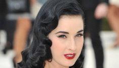 """""""Dita Von Teese should get something sparkly for her   40th birthday"""" links"""