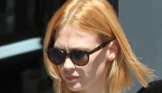 January Jones parked in handicapped space to get her dry cleaning: stupid?