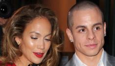Jennifer Lopez & Casper Smart look stronger than ever in Paris: ugh?