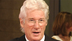 Richard Gere hits on married ladies in public, likely fools around on Carey Lowell