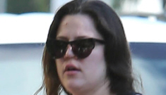 Khloe Kardashian goes out without makeup, and the world freaks out