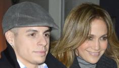 Are Jennifer Lopez & Casper Smart planning a December wedding & pregnancy?