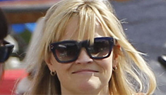 "Reese Witherspoon isn't on a ""new mom"" diet, eats hot dog   in public: awesome?"