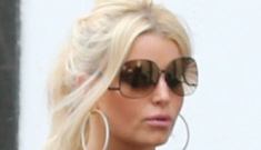 Jessica Simpson 'had absolutely no clue her father was gay,' but will support him