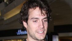 Henry Cavill with unruly curly hair & sweatpants at LAX: would you hit it?