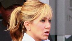 """Jennifer Aniston warned her friend not to date tantrum-y """"heartbreaker"""" Mel Gibson"""