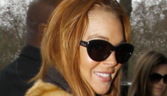Lindsay Lohan will not drink or party on New Year's Eve because why not?