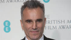 Daniel Day Lewis wins The Oscar for Best Actor for 'Lincoln'