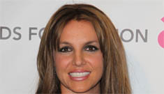 Britney Spears debuts new brunette hair at Elton John's Oscar party: pretty or mousy?