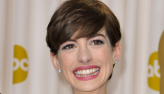Anne Hathaway's pink Prada disaster explained: why didn't she wear Valentino?