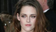 Was Kristen Stewart really happy that Jennifer Lawrence won the Oscar?