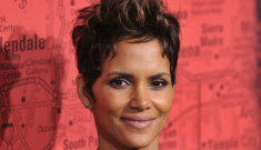 Halle Berry goes solo at LA premiere for 'The Call': where's Olivier Martinez?