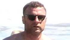 Liev Schreiber shirtless at the beach in Malibu: did you know he was this buff?
