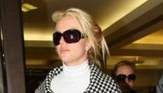 """Britney Spears is dating her """"Womanizer"""" choreographer"""