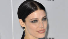 Jessica Pare v. January Jones: who looked better at the 'Mad Men' premiere?