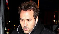 Jeremy Piven texts women en masse to race to his hotel – 1st one there wins