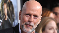 """Bruce Willis has a fuzzy salt & pepper goatee, and it's kind of cute"" links"