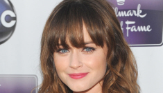 Alexis Bledel shows off her pretty engagement ring: 'Vincent picked it out!'