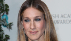 Sarah Jessica Parker 'freaking out' over her hands,   considers getting work done