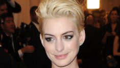 Star: 'Arrogant' Anne Hathaway 'openly compares herself to Grace Kelly'