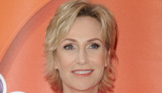 Jane Lynch is divorcing her doctor wife after three years of marriage