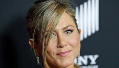 Jennifer Aniston's new Bel Air mansion has a margarita fountain & a chicken coop