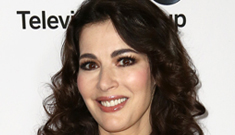 Nigella Lawson's husband choked her in public & there are photos