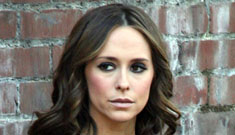 Jennifer Love Hewitt is granted a restraining order against her stalker