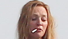 Uma Thurman smokes cigarettes on holiday in St. Tropez, probably isn't preggo