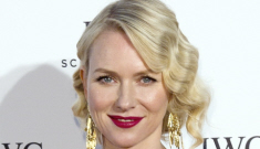 Is Naomi Watts fooling around with Simon Baker while Liev Schreiber works?