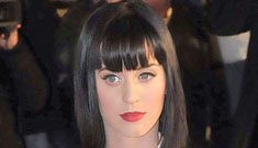 Katy Perry wins, then loses French music award