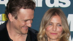 Cameron Diaz & Jason Segel are probably dating and/or   just hooking up now