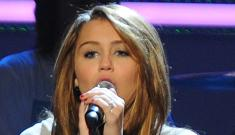Miley Cyrus and Jonas Brothers play at children's inaugural concert