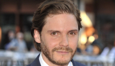 Daniel Bruhl at the London 'Rush' premiere: would you   hit it or not so much?