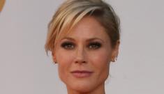 Julie Bowen in pink Zac   Posen at the Emmys: slowly improving or still tragic?