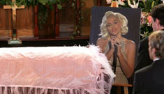 Anna Nicole Smith buried in the manner she was accustomed to (update)