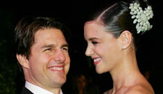 Tom Cruise to accompany Katie Holmes on film shoot