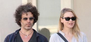 "Renee Zellweger considering adoption, ""desperate to start a family"" with boyfriend"