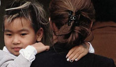 """Maddox Jolie-Pitt's black and white nails"" Links"