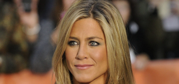 Jennifer Aniston spent Thanksgiving with Ed Sheeran… and not Justin Theroux?
