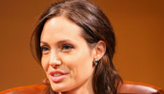 Angelina Jolie shows off her figure in Japan