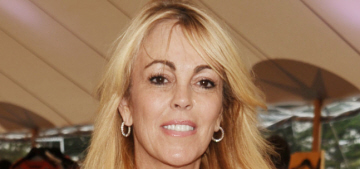 Dina Lohan claims she already wrote her tell-all memoir, but Lindsay won't