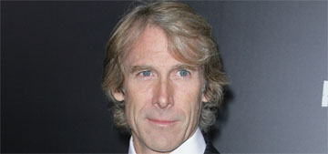 Michael Bay storms off stage when teleprompter fails: nervous or arrogant?