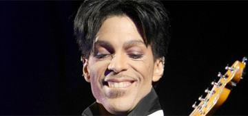 """""""Prince sued 22 of his adoring fans for $1 million each"""" links"""