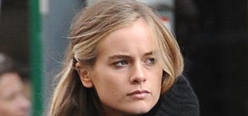 Cressida Bonas given 'free reign' to Prince Harry's Kensington Palace home