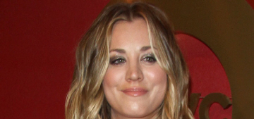 Kaley Cuoco bares her midriff at the QVC pre-Oscar party: surprisingly cute?