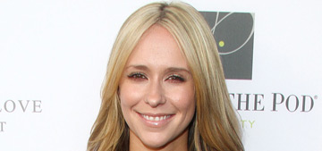 Jennifer Love Hewitt goes from brunette to blonde: did you miss her?
