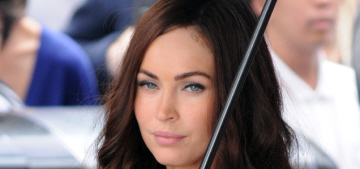 Megan Fox sucks it up & says nice stuff about 'lovely, loveable' Michael Bay