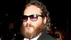 Joaquin Phoenix mumbles his way through Late Show appearance (video)